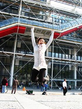 """""""跳跳華""""不是叫假的~~這是巴黎最後一跳"""