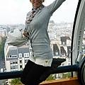 凌駕整個巴黎市的跳耀