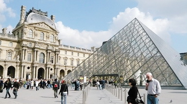 羅浮宮也是巴黎必逛之地,來見證藝術史