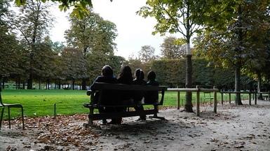 假掰寫真照..這是惆悵的四個少女的背影ㄇ??