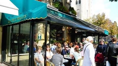 旁邊就是最有名的百年咖啡~雙叟咖啡館