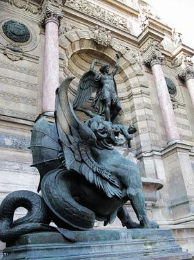 這是聖米歇爾著名的屠龍噴泉
