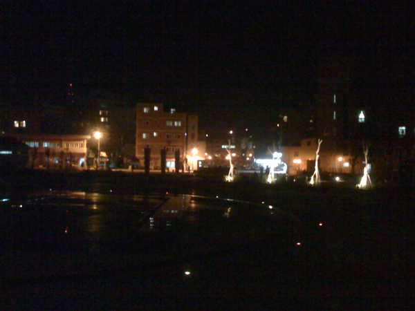 山朧廣場的夜景