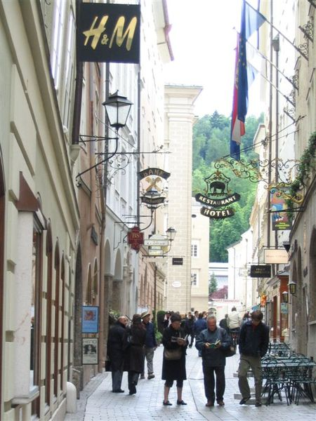 莫札特故居前的小巷