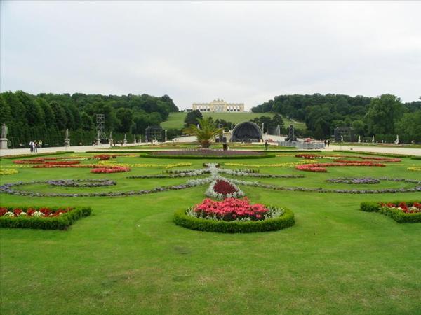 熊布朗宮 後花園