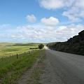 前往Cape Reinga的道路是施工中的砂石路