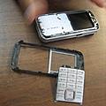 Keiichi的手機在滑沙時進沙,宣告急救無效XD