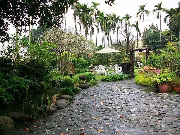 雨後的莊園-1