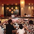 去日本怎能不去旋轉壽司呢 ???