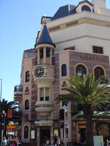 市中心的大鐘~ 有400年的歷史了耶 ^0^