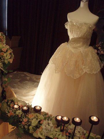 白紗加上浪漫的蠋光
