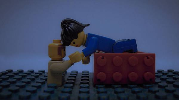Lego Romance 02.jpg