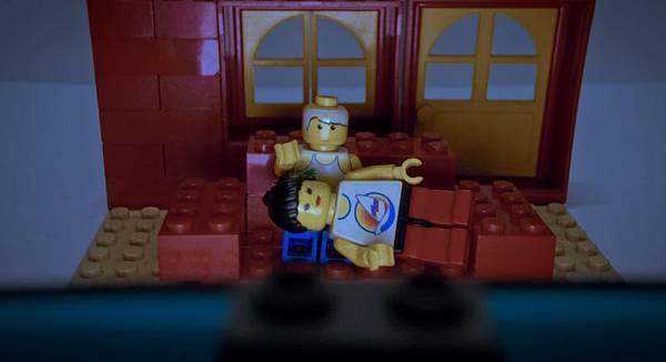 Lego Romance 12.jpg