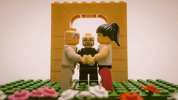 Lego Romance 15.jpg
