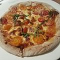 黑米海鮮PIZZA