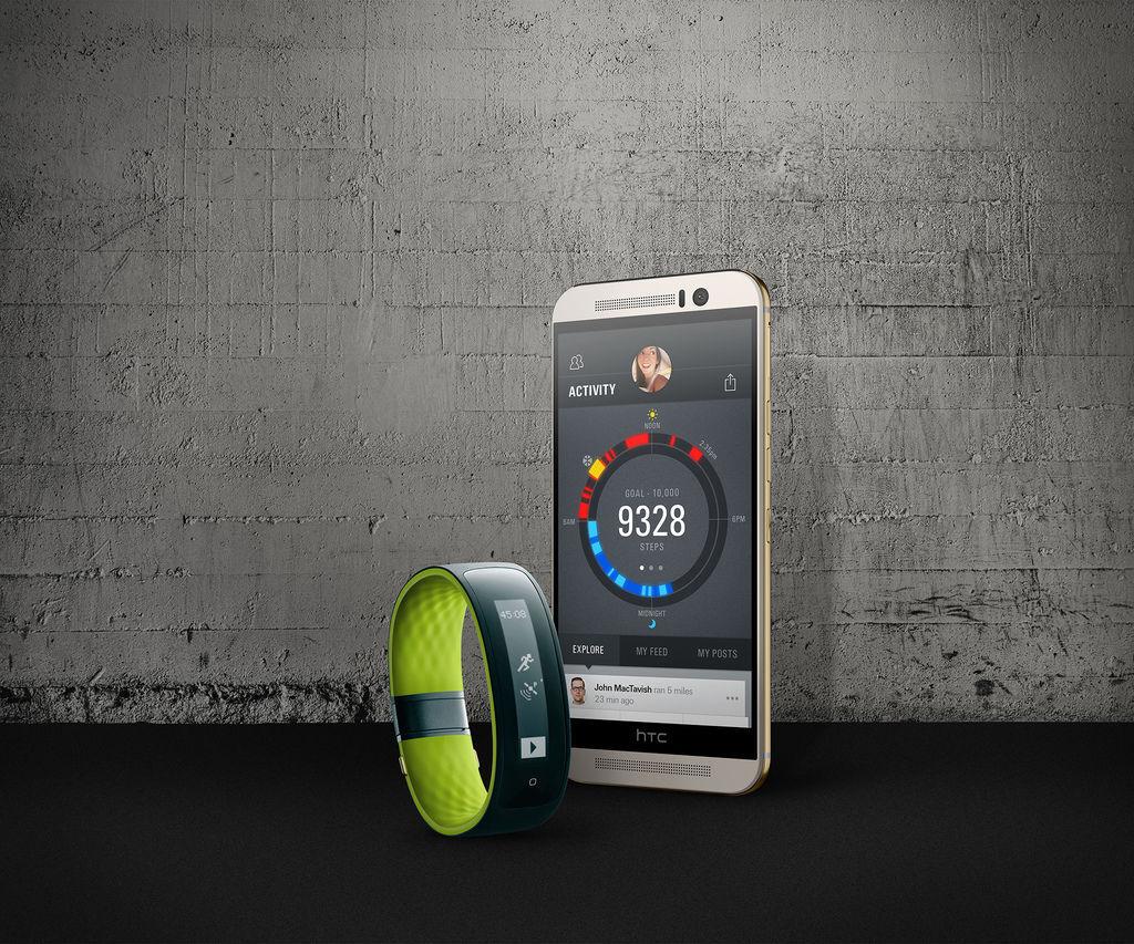 HTC One M9與HTC Grip