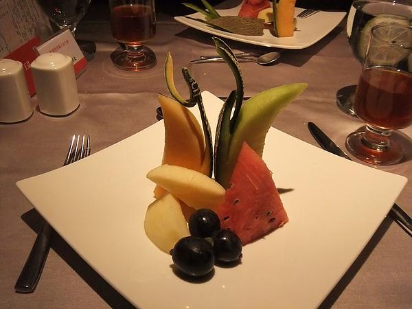 餐後水果...