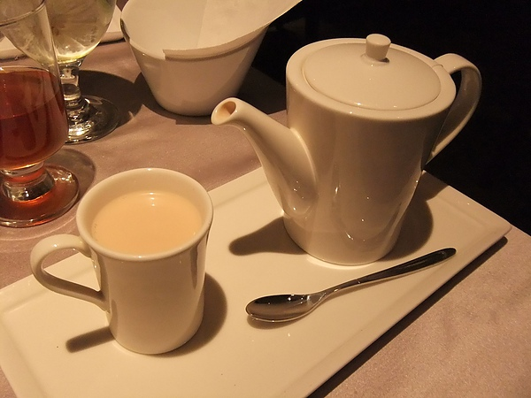 最後的香榭布蕾奶茶...