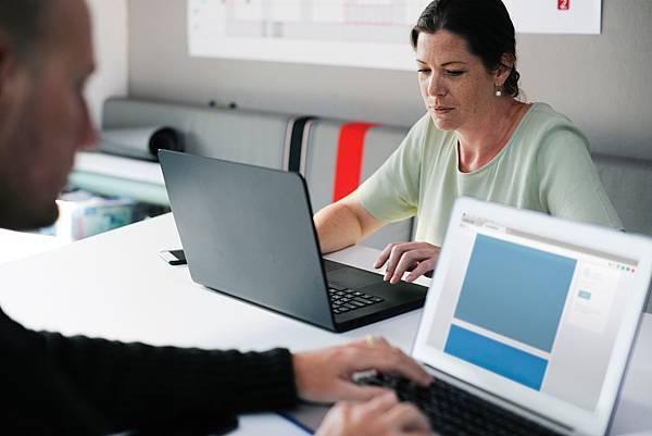 巨匠電腦學費雲端資料庫課程- 各職業者性質