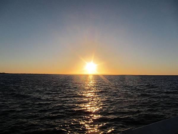 1-8.美麗的夕陽西下