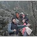 塔關山-大家都很愛爬山.JPG