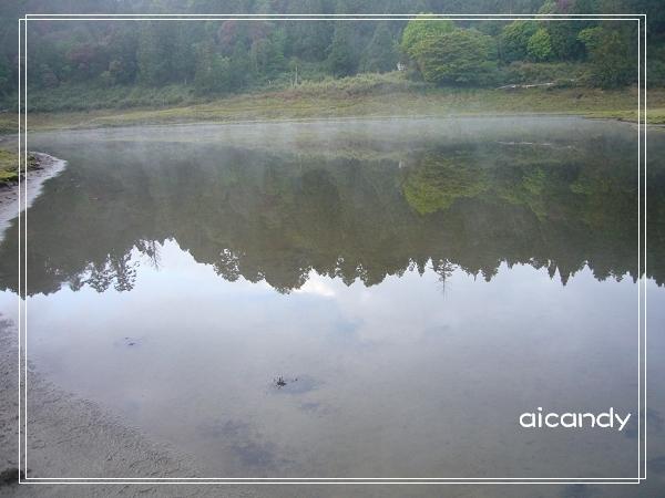 加羅湖-清晨的湖畔2.jpg