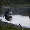 加羅湖-湖畔邊裝水.jpg