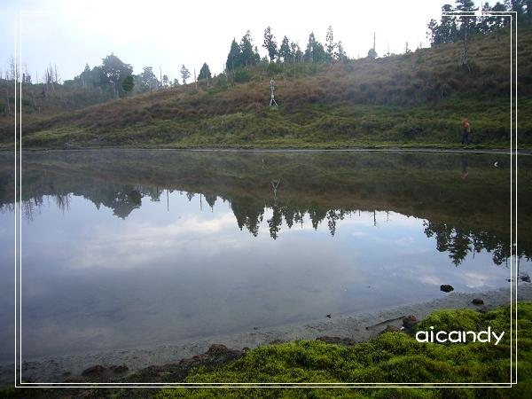 加羅湖-霧氣散氣的湖畔1.jpg