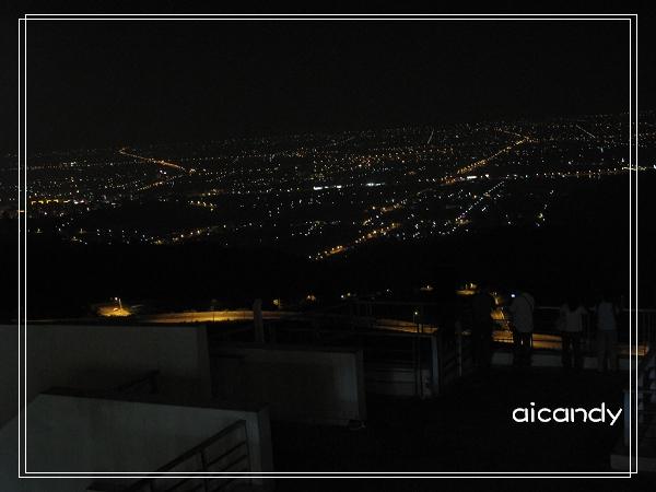 淡大的夜景.jpg