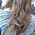只是我很喜歡排我前面女孩的頭髮捲度!