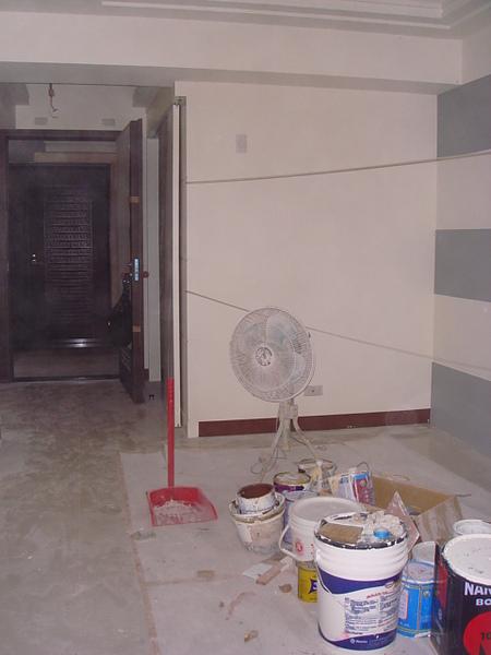 客餐廳2_往大門房向拍.JPG