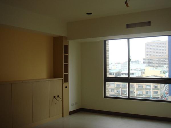 主臥室3.JPG