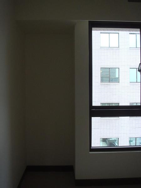 最小房間2.JPG