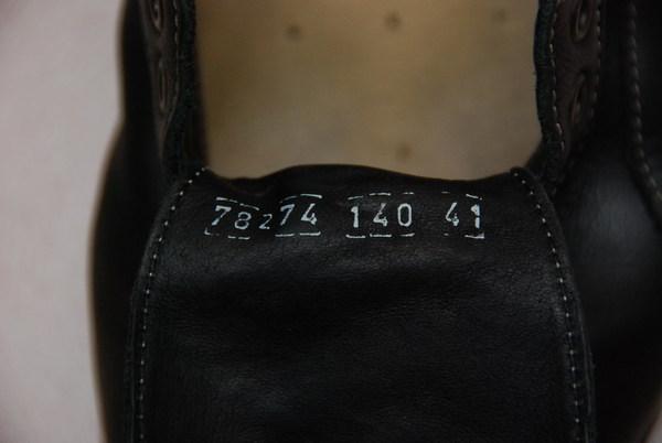 鞋舌上的數字