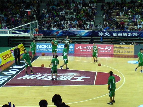 台啤籃球隊