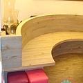 圓弧椅貼pvc木紋磚