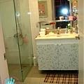 改造完的浴櫃