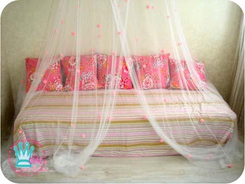床架搭上蚊帳