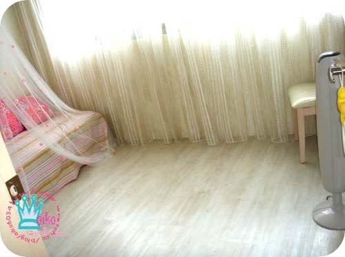 地板真的很美,踩起來也很舒服