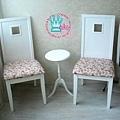小桌跟椅子刷白再重繃椅墊,整個大變身