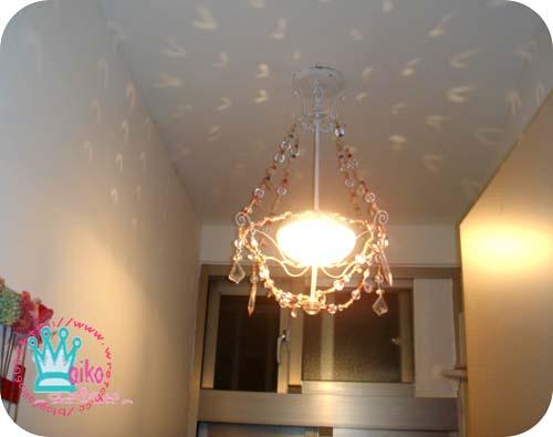 奇怪吸頂燈換成ikea公主吊燈