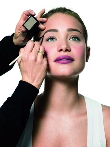 2012BOBBI BROWN 專業塑眉系列-model look
