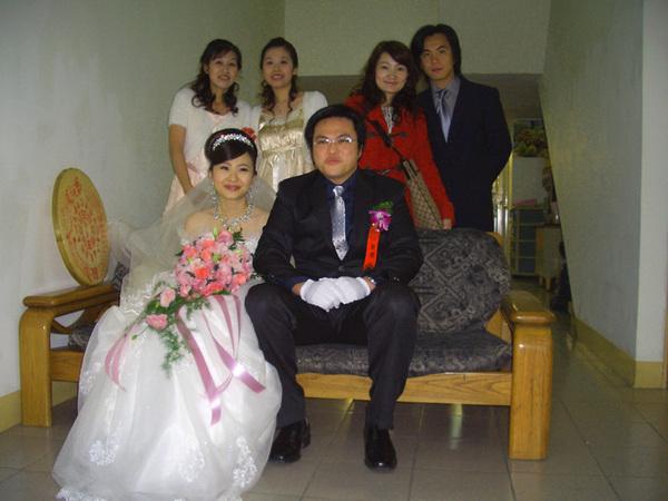 於新娘娘家合照