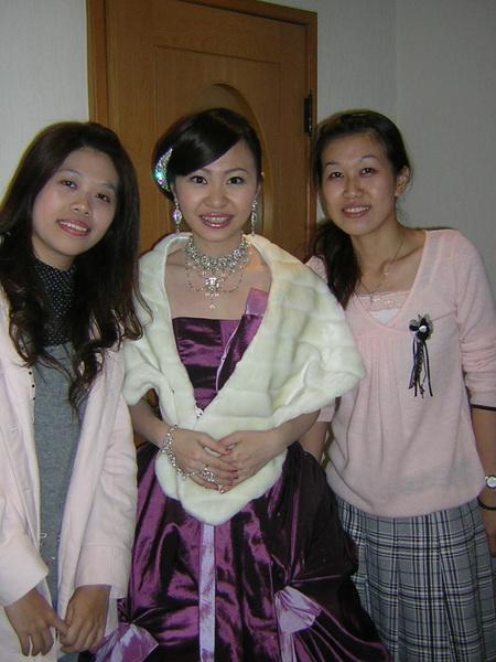 姿凌歸寧-有蝴蝶結的紫色婚紗