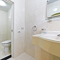 本館衛浴間4