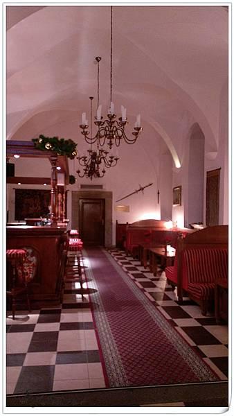 RUZU HOTEL (7).jpg