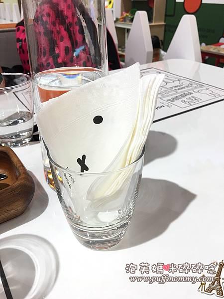 2016/11/14 miffy x 2% CAFE環球桃園A8店2016/11/14 miffy x 2% CAFE環球桃園A8店
