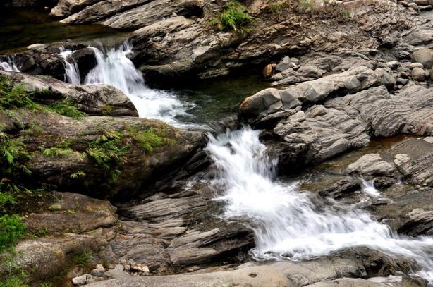 放輕鬆深呼吸--竹坑溪步道走尋瀑布群