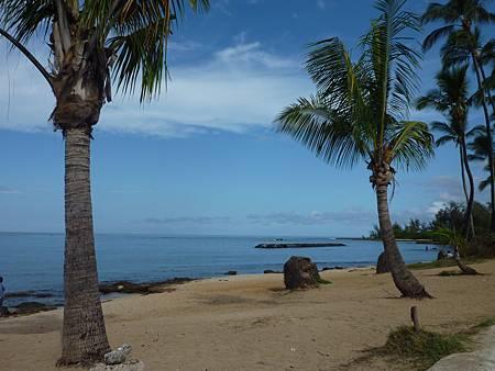 D02-002-Haleiwa Beach.JPG
