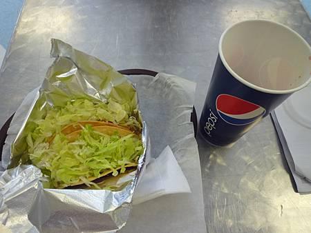 D05-027-Killer Tacos.JPG